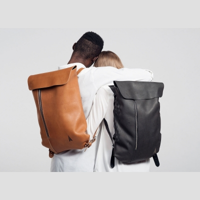 simple-leather-backpack-by-jakob-lukosch-1-1360x979